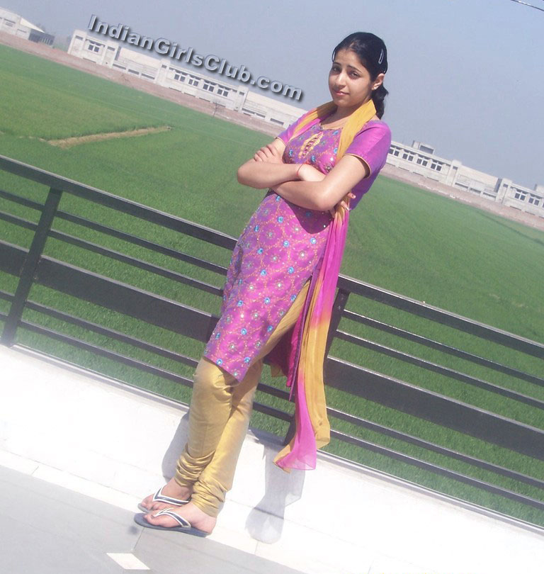 karachi girls pics aysha pakistan