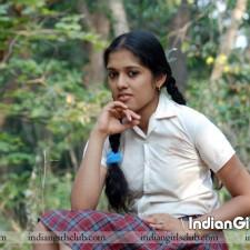 kerala school girls photo