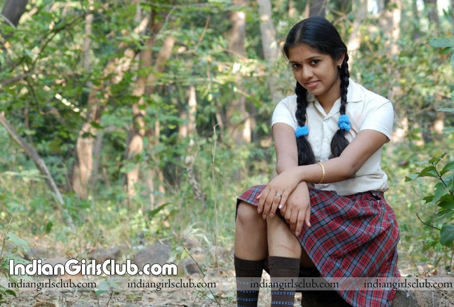 mallu girls in mini skirt