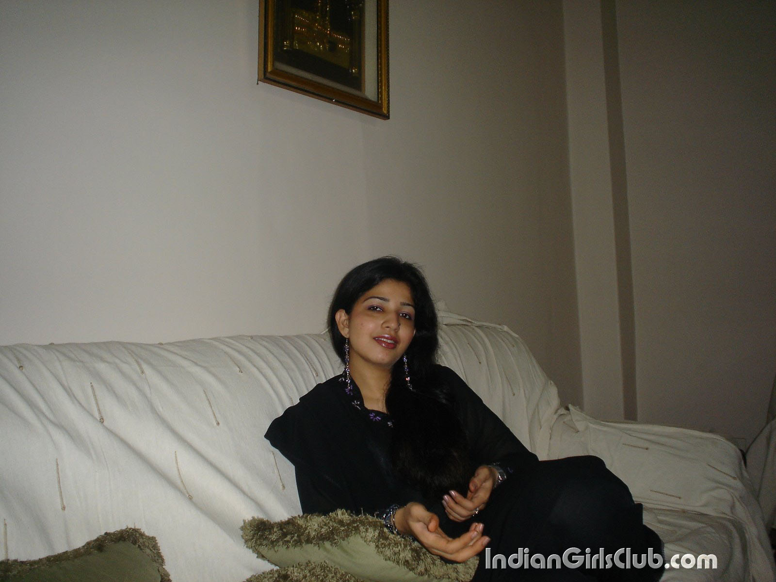 pakistani-house-wife-pics