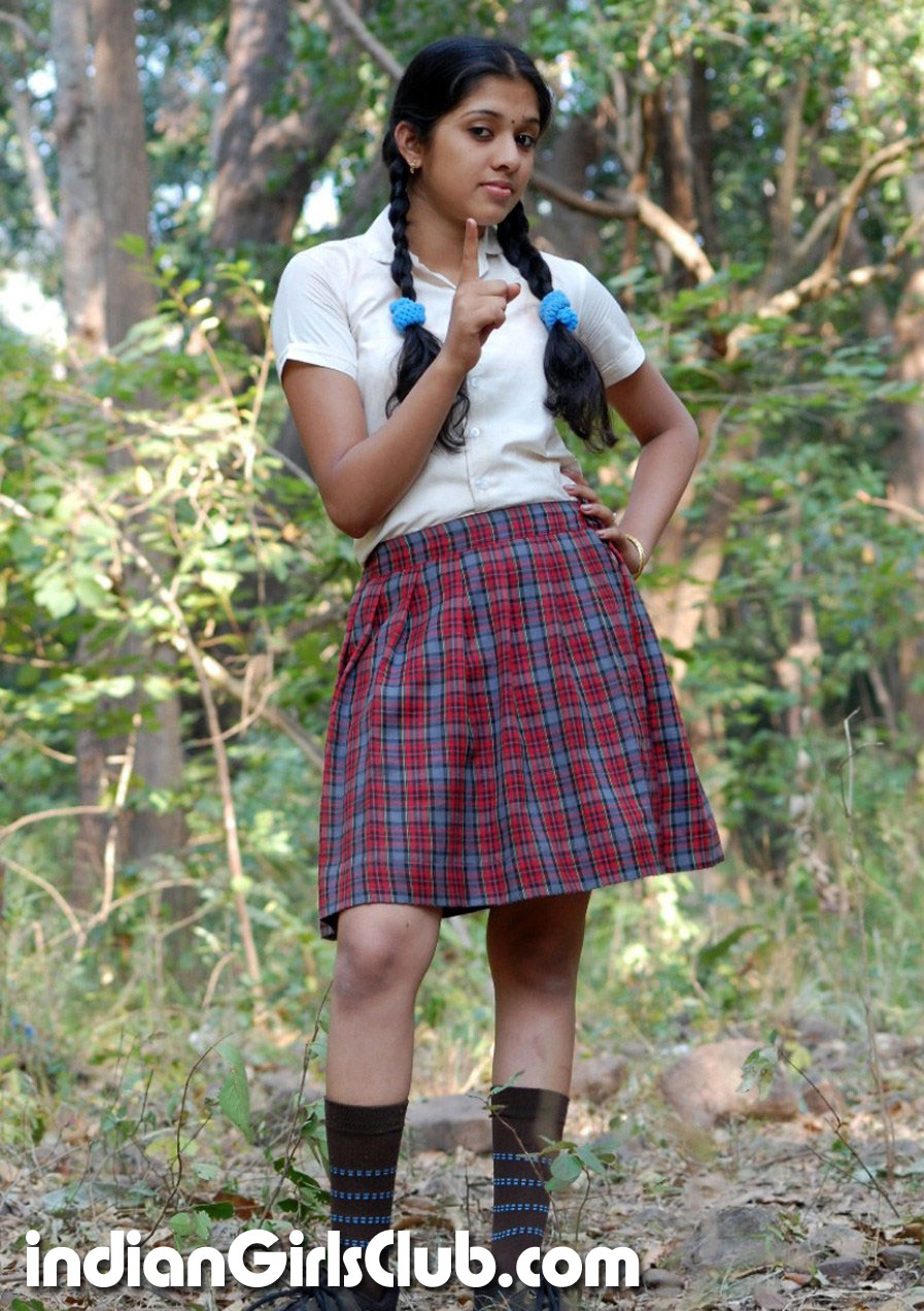 indian school uniform girl nude