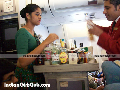 sri lankan girls green saree air hostess first green flight