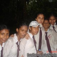 sri lankan school girls pics 15