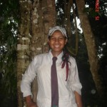 Sri Lankan School Girls Pics At Picnic
