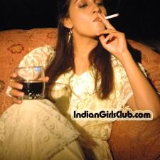 bollywood girls smoking