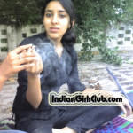 desi college girls smoking