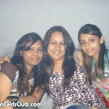 desi girl friends closefriends