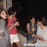 desi school girls shocking pics