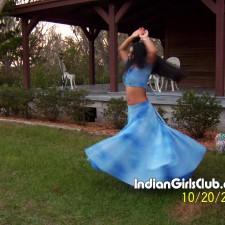 kerala girls dancing