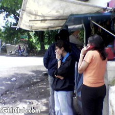 mumbai college smoking near petti shop