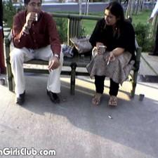 pakistani aunty smoking with husband