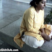 young desi aunty working in call center smoking