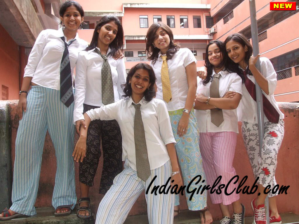 desi college girls in hostel