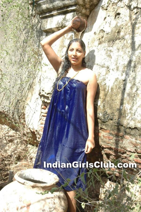 actress bathing scene pavadai mundu