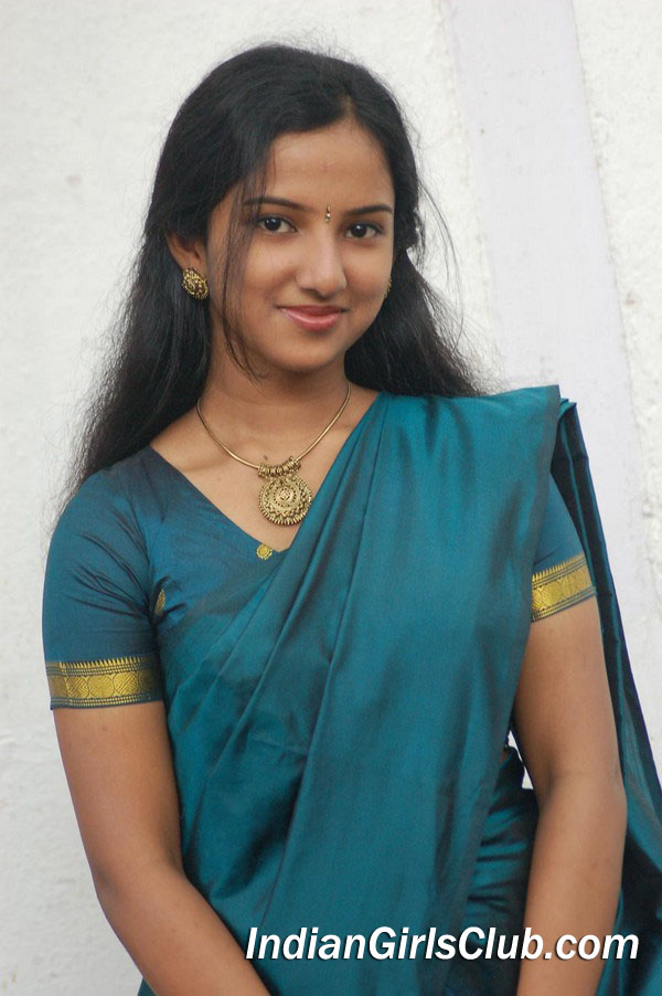 tamil-actress-stills-022