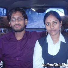 mallu girl with her boyfriend in a car