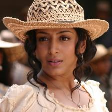 actress-padma-priya-sizzles-32