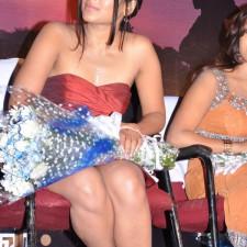actress-padma-priya-sizzles-33