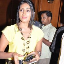 actress-padma-priya-sizzles-34