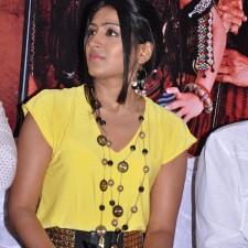actress-padma-priya-sizzles-38