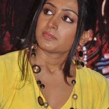 actress-padma-priya-sizzles-42