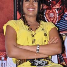 actress-padma-priya-sizzles-44