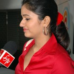 actress-poonam-bajwa-red-shirt-pics