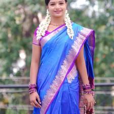 actress saree