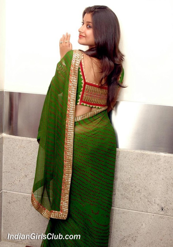 Indian girls saree back pose