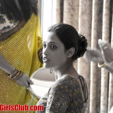 make up dressing marriage