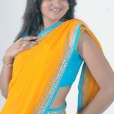 real life telugu girls saree
