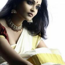 set saree kerala girls