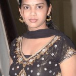 south indian girl in black chudidhar