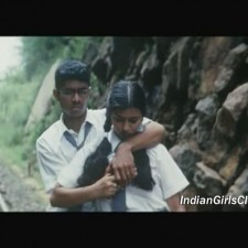 real life chennai school girls boobs pressing scene