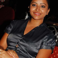 Telugu-Actress-Swetha-Basu-Prasad-photos