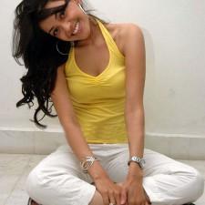 actress kajal agarwal weird pics