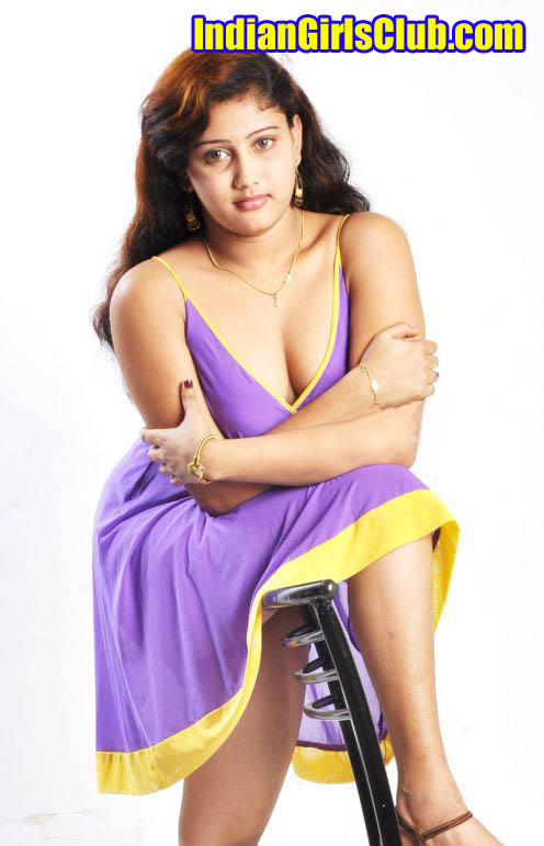 hot-tamil-actress-amruthuvalli-spicy-stills-pictures-photos-31 copy