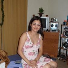 indian girls mini skirt pics