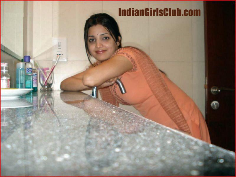 real life indian girls boobs