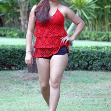 south-indian-glamour-actress-farahkhan-upskirt-pictures-8