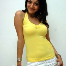tollywood actress kajal agarwal boobs show