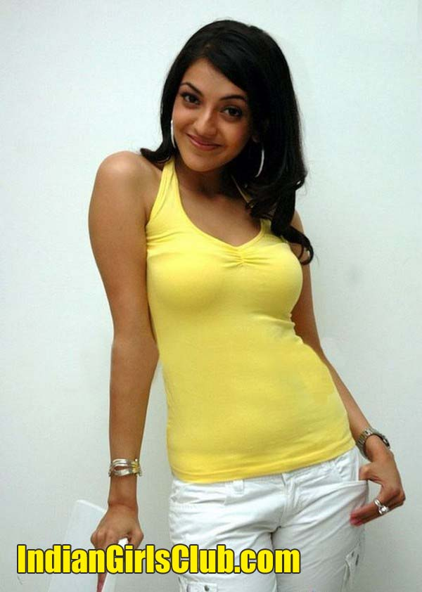 tollywood actress kajal agarwal boobs show