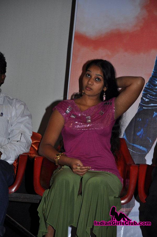 tamil girls sexy skirt pics movie audio launch