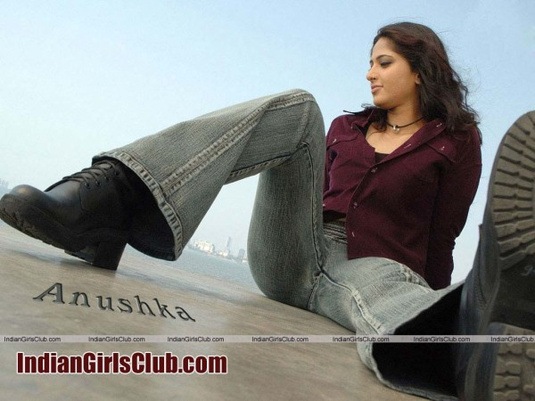 wide open legs actress anushka jeans pant