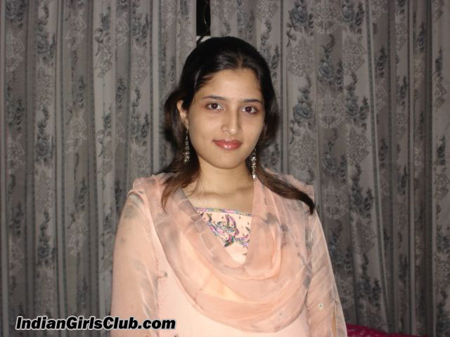 Aunty In Salwar Kameez Nude Indian Girls And Bhabhi Pictures - Rainpow