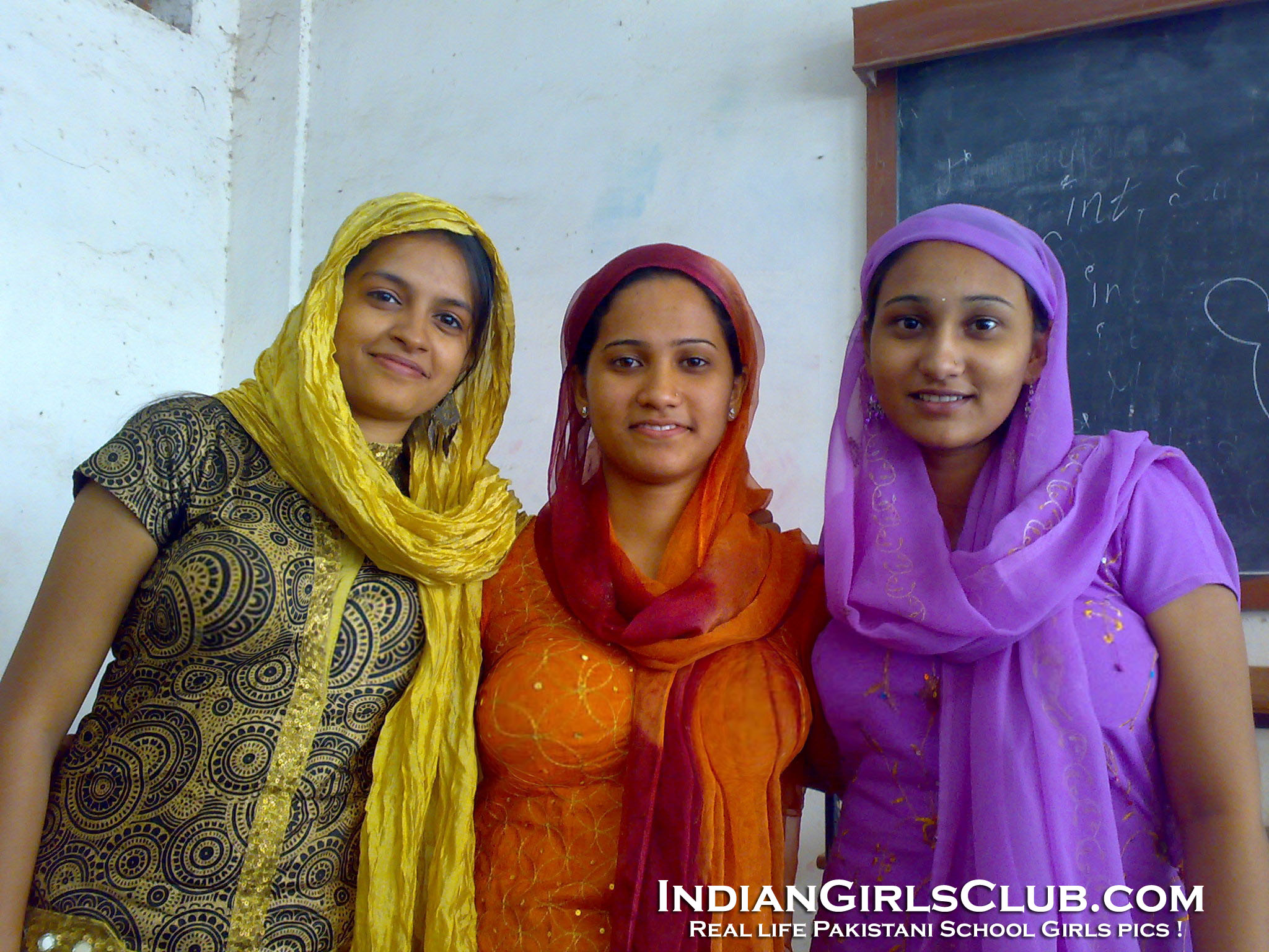 pk school girls with big boobs