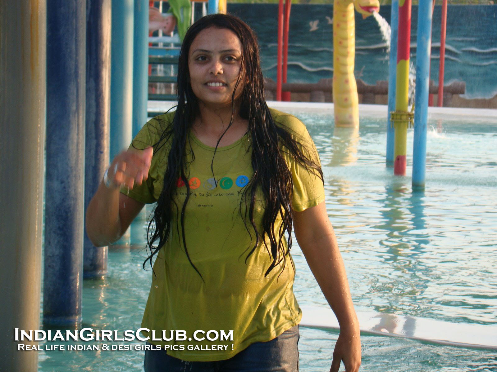 water park wet girls and aunties porn