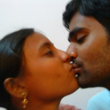 indian lovers kissing
