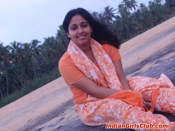 cute malayalee girls pic