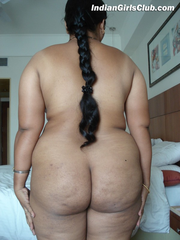 south indian aunty standing nude in back pose showing her fat ass in ...